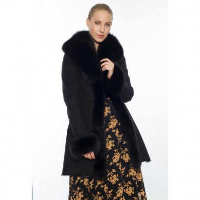 WHOMEN SHEEPSKIN BLACK FUR